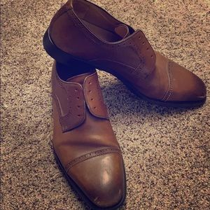 Magnanni Brogue Cap Toe Dress Shoes Size 10